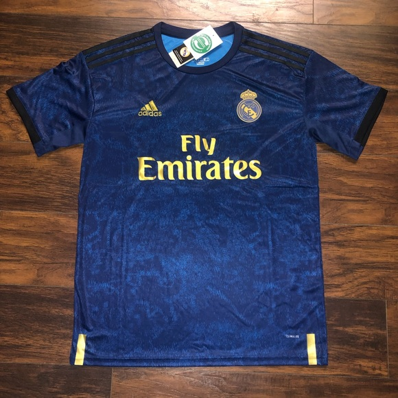separation shoes 4984a 2f15e Real Madrid 3rd kit 19/20 NWT